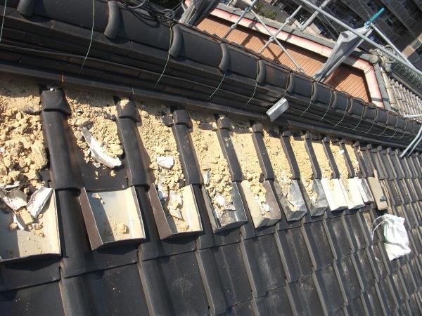 漆喰工事の基本 古い漆喰は撤去