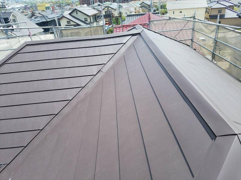 重ね葺き カバー工法 ガルバリウム鋼板 金属屋根