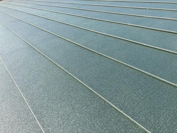 屋根工事完了 スーパーガルテクト