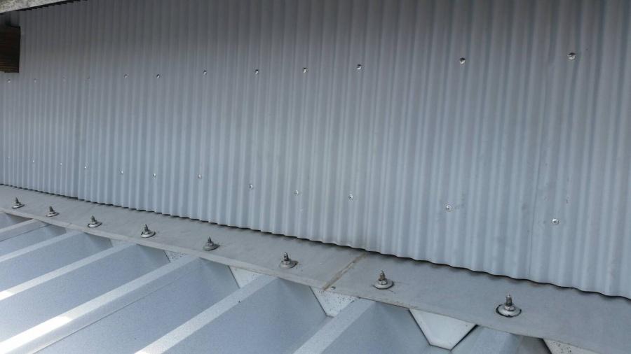 折半屋根収め
