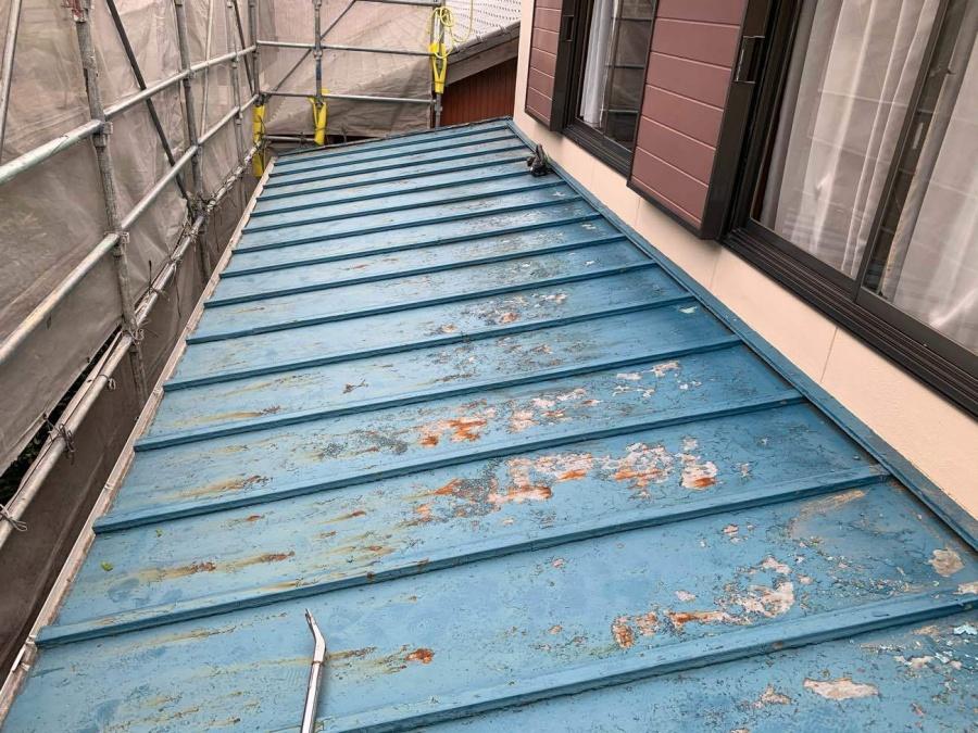 下屋根の葺き替え工事がスタート!!まずは・・・名古屋市守山区