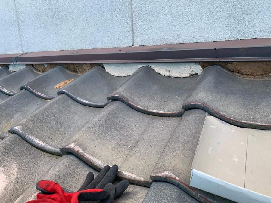 名古屋市西区で古く劣化した漆喰屋根の修繕工事をしました