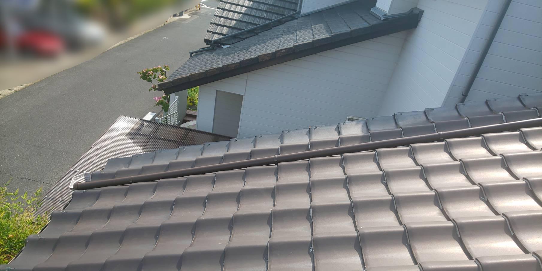屋根上の雨樋