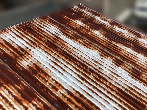 波トタンの塗装 フッ素塗料