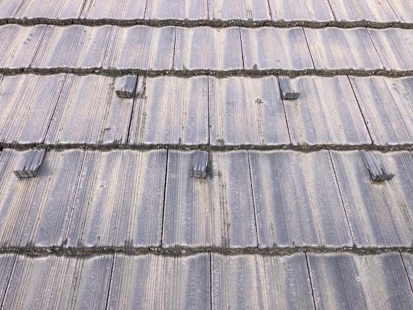 春日井市で屋根の塗装工事 塗装が必要なモニエル瓦の補修工事