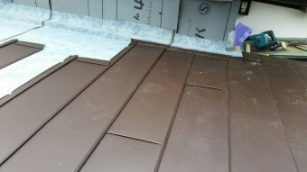 横葺き板金施工