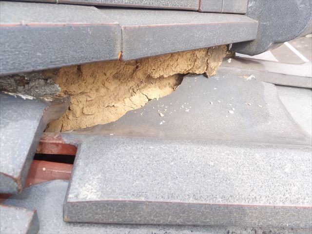 隅棟 棟下漆喰の劣化