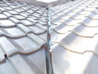 屋根漆喰 谷板金 劣化