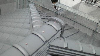 F1010002-columns2