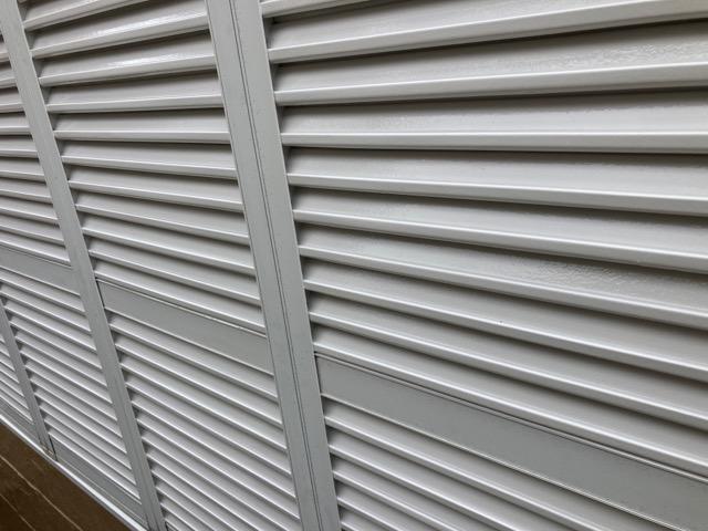 雨戸の塗装 施工後の様子