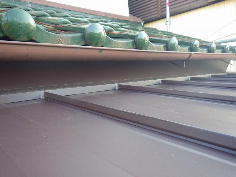 軒天施工後板金屋根