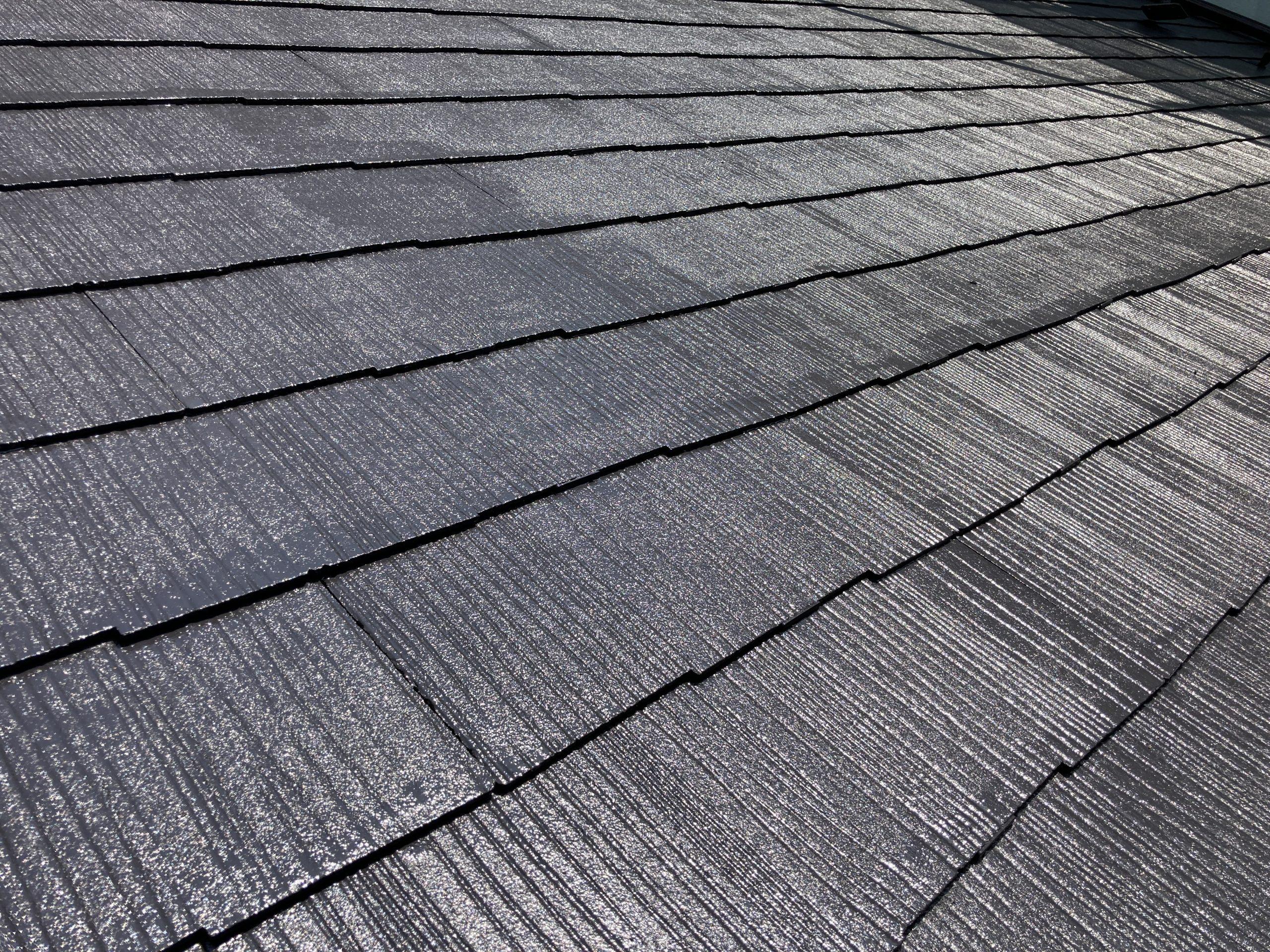 尾張旭市でスレート屋根の塗装工事、縁切り処理が大切です。