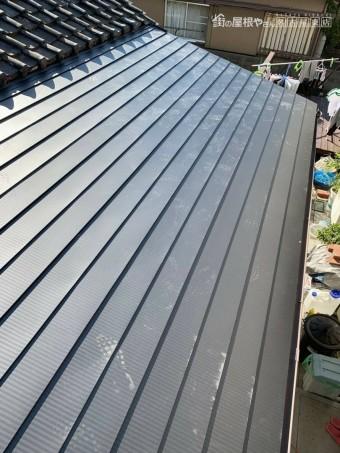トタン 葺き替え ガルバリウム鋼板 軽い