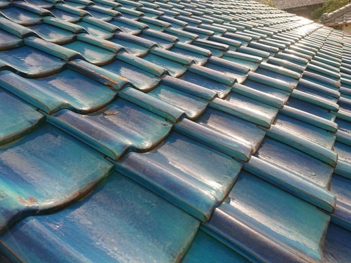 瓦屋根の葺き替え工事