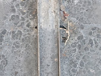 モルタルの落下 屋根からの雨漏り