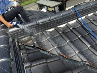 雨漏れ瓦屋根点検
