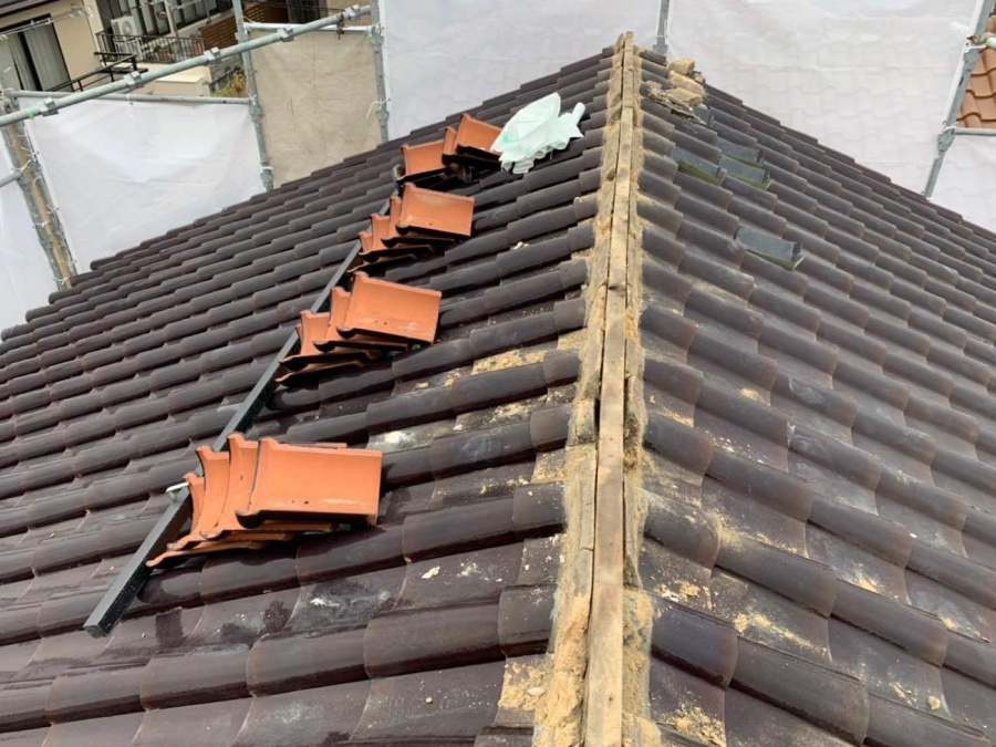 名古屋市名東区で瓦屋根の雨漏り補修工事を行ってきました!