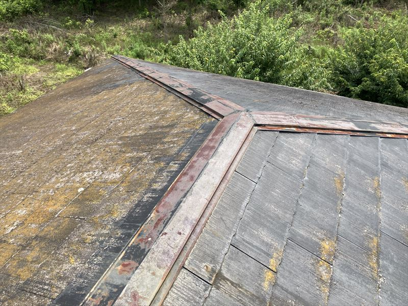 スレート屋根点検 棟板金
