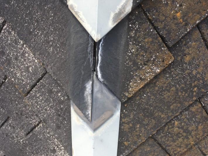スレート屋根の雨漏り事例