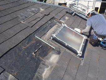 大治町で屋根トップライト取替え工事