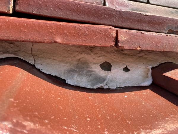 棟下漆喰の劣化